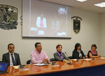 Sesión de bienvenida a estudiantes CECAD-UABJO-UNAM con autoridades Universitarias.