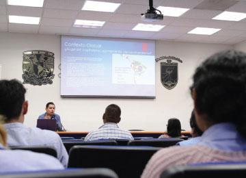Conferencia con el Mtro. Diego Urbán